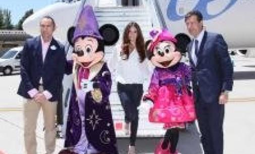 Air Europa tematiza cinco aviones con motivo del 20 aniversario de Disneyland Paris