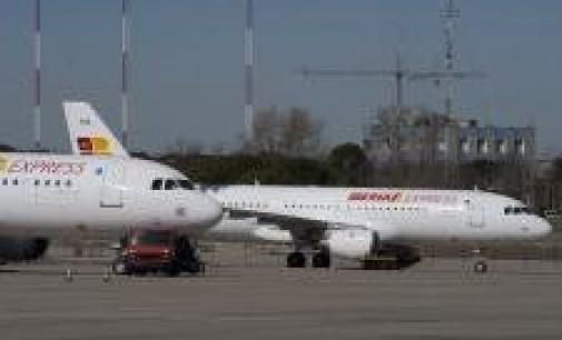 Express no podrá contratar pilotos fuera del escalafón compartido con Iberia, según aclara el laudo