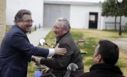 """El alcalde de Sevilla pide a Danone que """"rectifique"""" y reconsidere su planteamiento de cerrar la planta"""