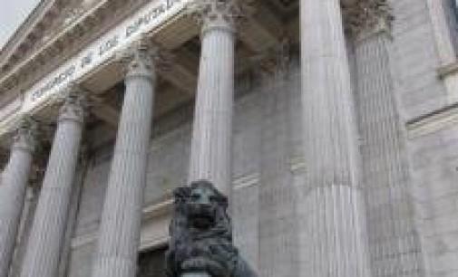 Una delegación del Bundestag examina la evolución de España con el Congreso