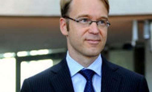 El presidente del Bundesbank insta a España a solicitar el rescate como país