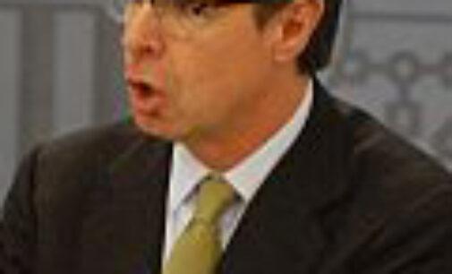 Soria dice que sería «absurdo y ridículo» que Marruecos extrajera petróleo y España no