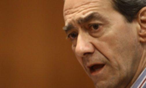 González Páramo reivindica la «calidad técnica» del equipo de inspección del Banco de España