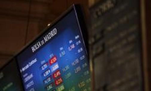 La banca lastra al Ibex 35 (-0,14%), que aguanta por encima de los 11.000 enteros