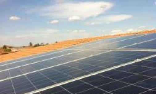 La fotovoltaica apenas suma 22 MW nuevos en 2014, la mayoría de autoconsumo