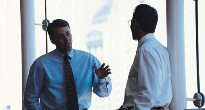 El jefe que da miedo y el líder que da el ejemplo