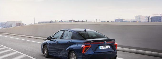 Toyota es el gran líder de los vehículos híbridos