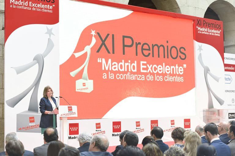 Engracia Hidalgo Premios MAdrid Exelente