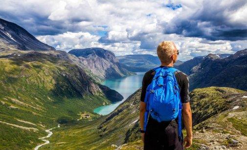 Asesores automatizados de inteligencia turística