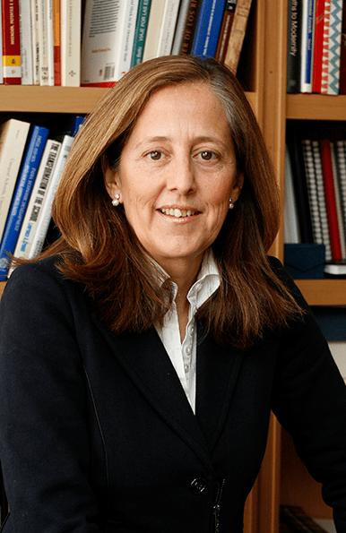 Clara Eugenia Núñez, Autora de Universidad y Ciencia en España. Claves de un fracaso y vías de solución (Gadir Editorial).