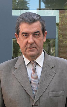 """Jaume Giné Daví, Profesor de la Facultad de Derecho de ESADE y autor del libro """"Asia marca el rumbo"""" (Dèria editors, Barcelona)"""