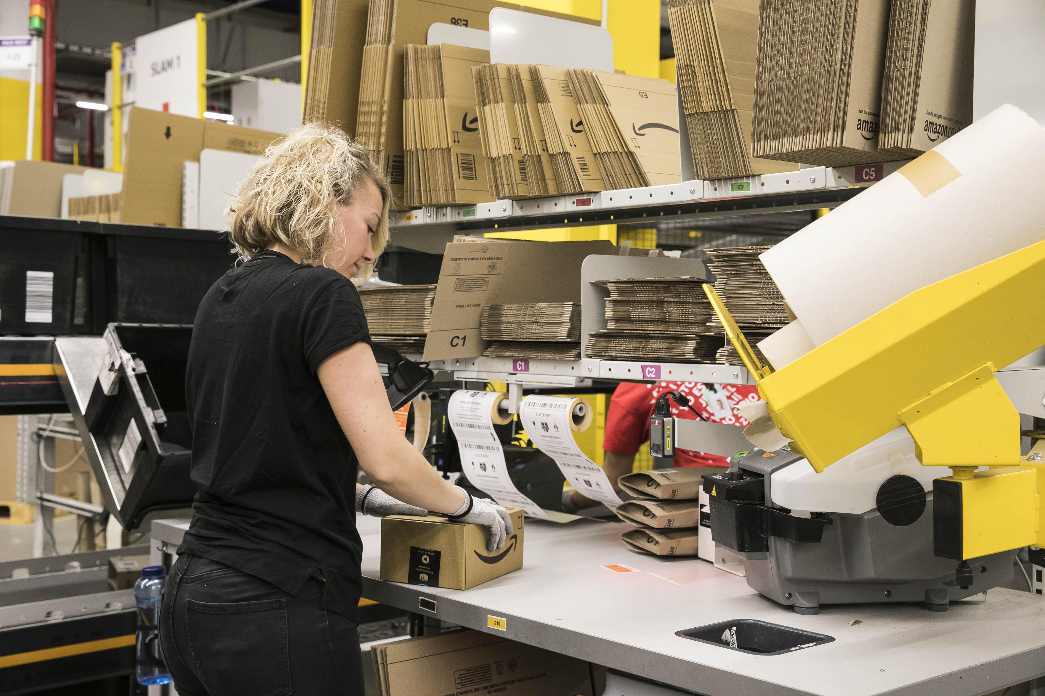 Centro logístico de Amazon en Barcelona