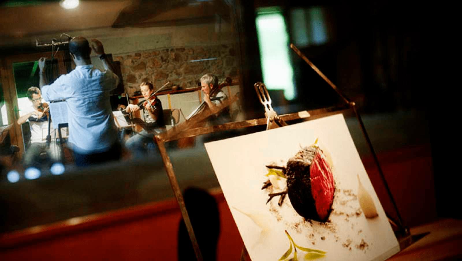 El arte en sus múltiples disciplinas se da cita en el restaurante Mugaritz.