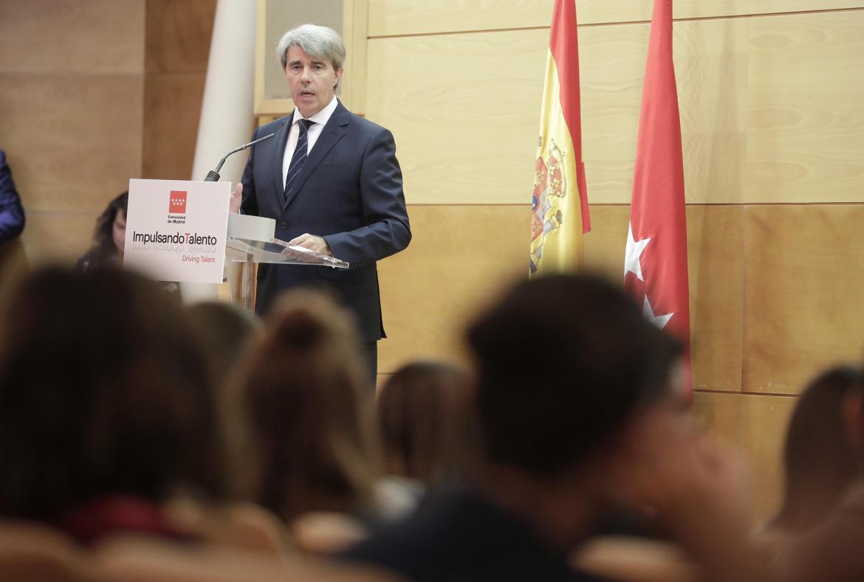 Ángel Garrido presenta Impulsando el Talento.