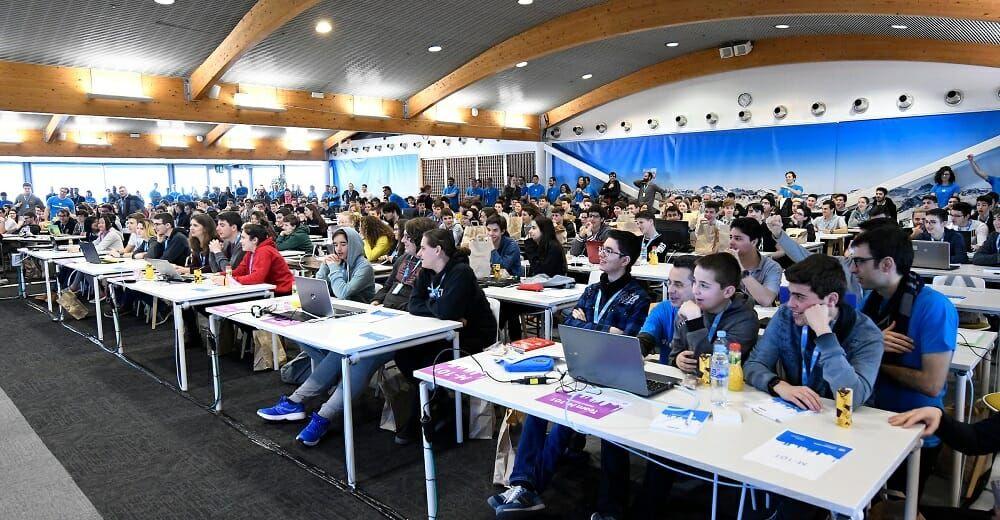 HP se vuelca con la educación con la competición CodeWars.