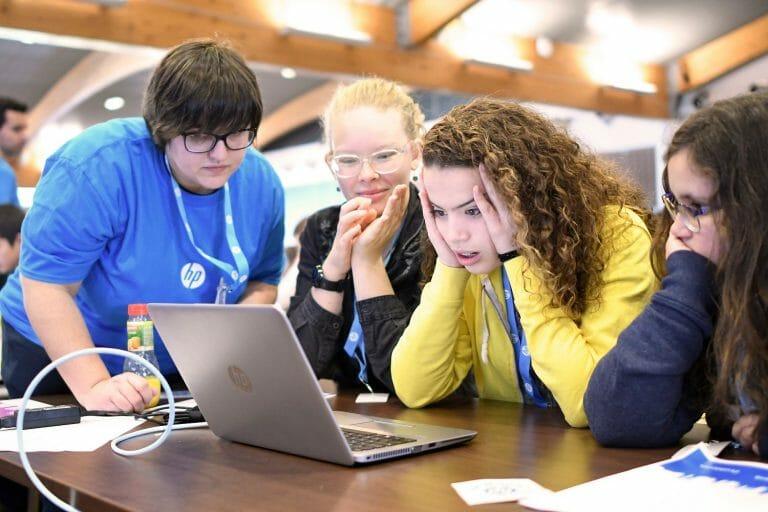 Competición HP CodeWars.