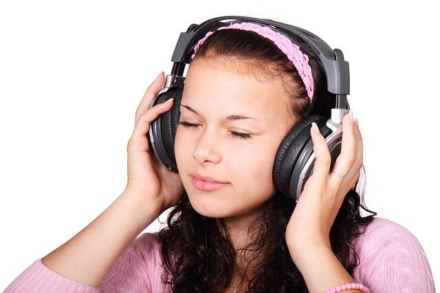 Escuchar la radio online.