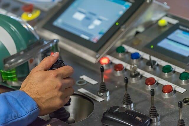 Maquinas industriales de automatización.
