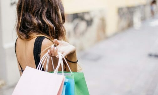 Hábitos de compra de los consumidores españoles: se busca una experiencia completa
