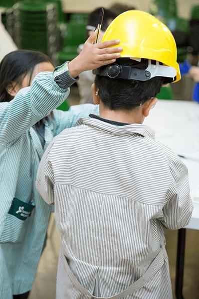 """""""Aprendiendo desde pequeños"""", la acción de Quirónprevención en los colegios."""