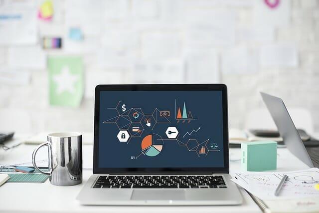 Línea Directa celebra una hackathon sobre digitalización.