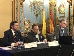 Encuentro del director de Banco Pichincha con el embajador de España en Ecuador.