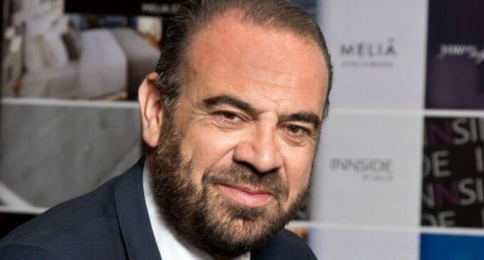 """El CEO de Meliá Hotels International, Gabriel Escarrer, firma el """"Nuevo Aucerdo para Europa"""""""
