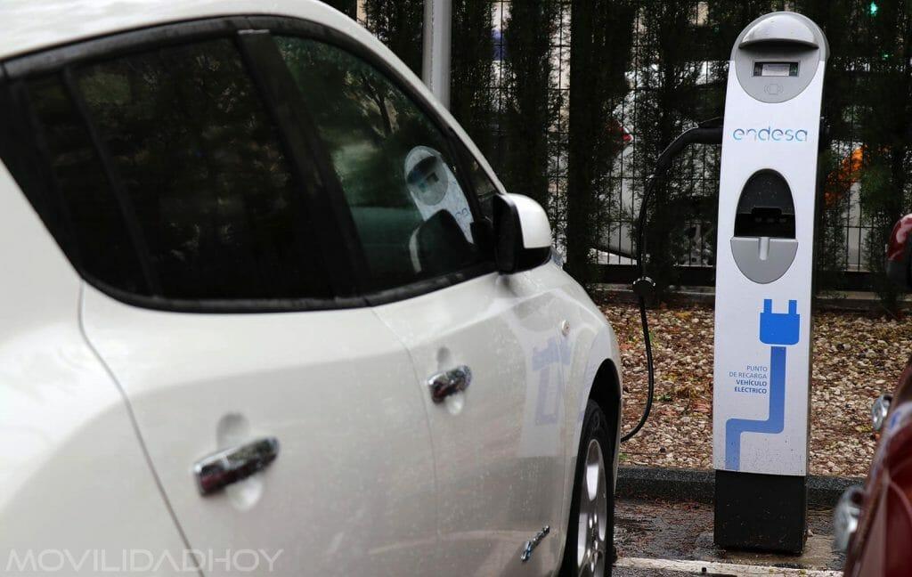 Punto de recarga para el vehículo eléctrico de Endesa.