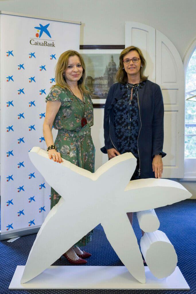 Cristina Forner (Unión Vitivinícola) con Cristina González Viu (CaixaBank).
