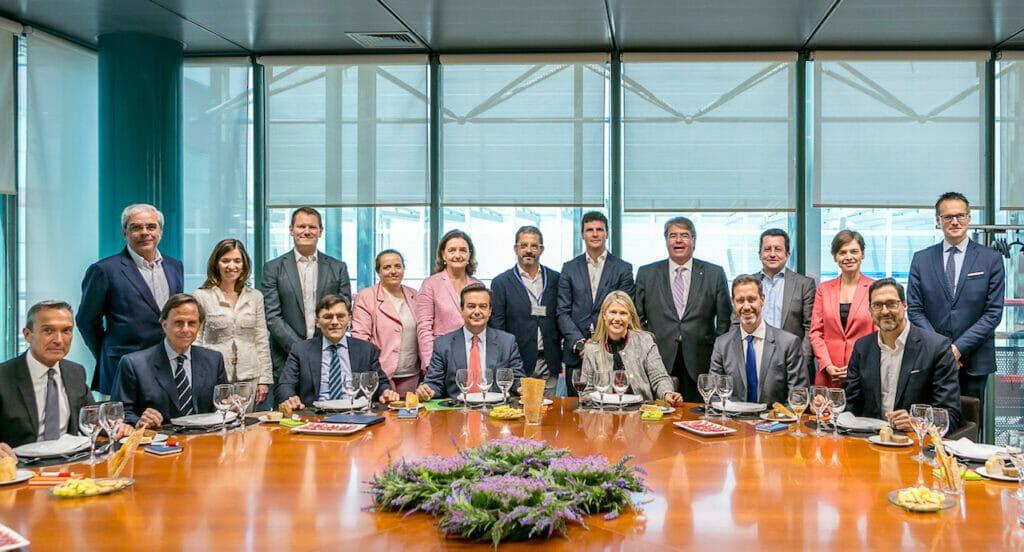 Miembros del CEG.