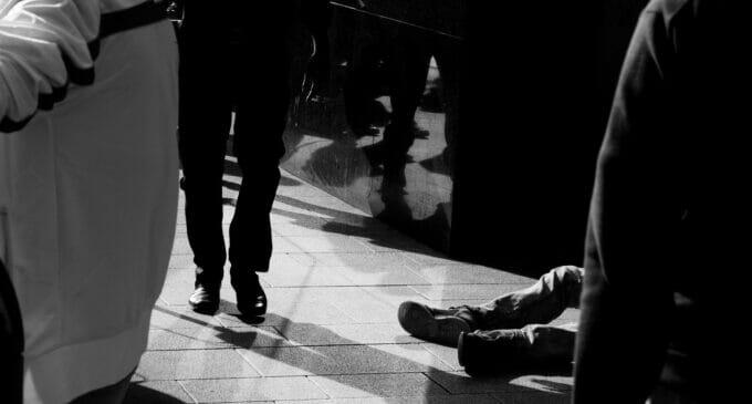 Reducir la desigualdad desde diferentes ideas y posturas