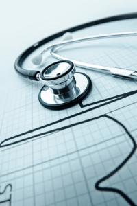El chequeo médico es clave para detectar la hipertensión arterial.