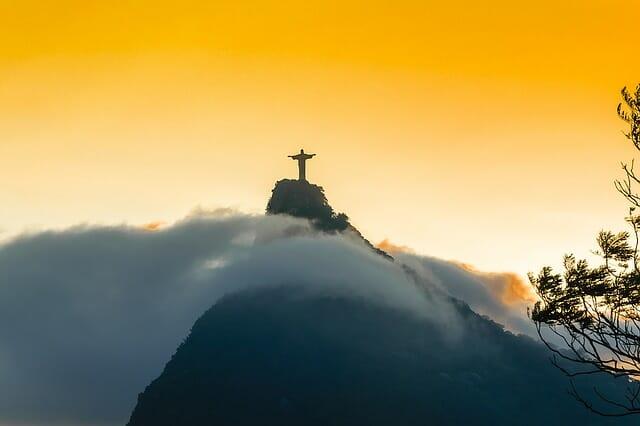 El lento avance de la economía de Brasil.