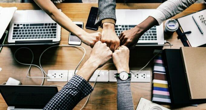 Cuidador de vínculos, creador de equipos de trabajo