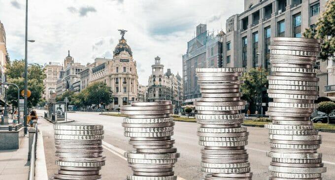 Los negocios de Madrid facturan cinco veces más que los de Barcelona
