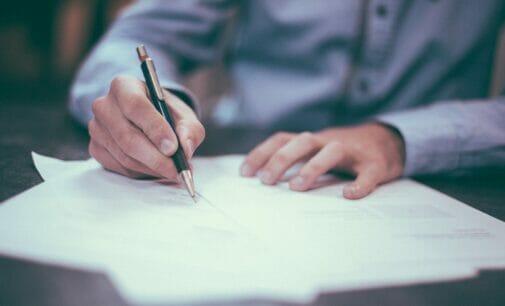 4 motivos para externalizar servicios (la mitad de las empresas lo hacen)