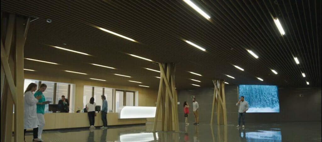 Hall del Hospital Quirónsalud Córdoba.