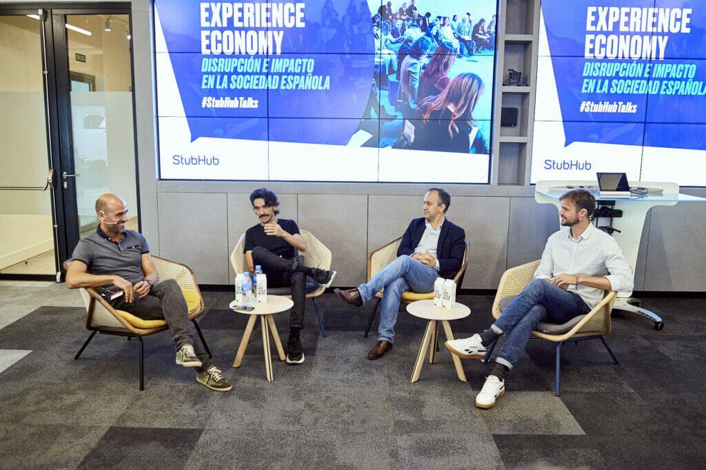 La mesa redonda Experience Economy Disrupción e impacto en la sociedad española.