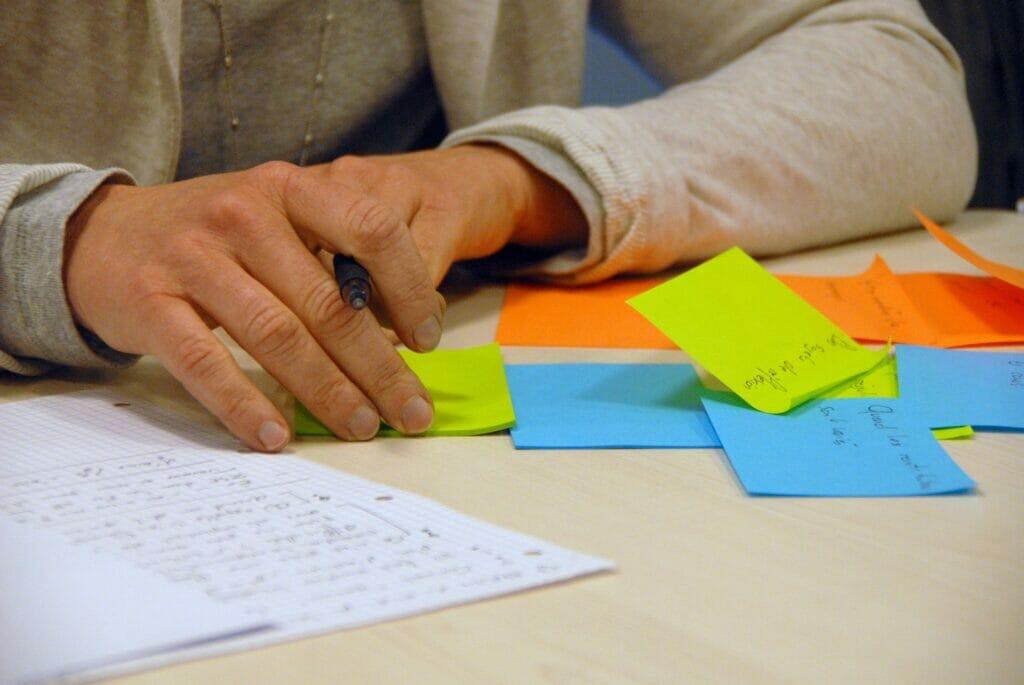 brainstorming, tormenta de ideas.