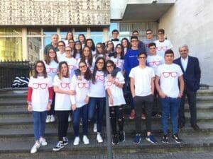 Programas de educación financiera de Banco Santander en colegios.