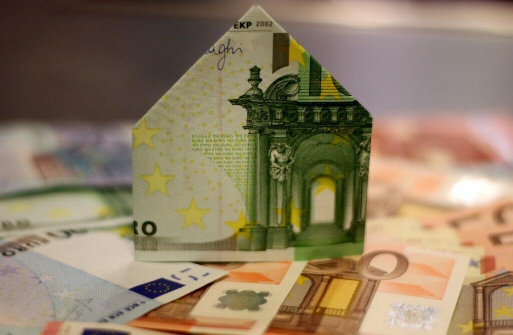 invertir en el sector inmobiliario.