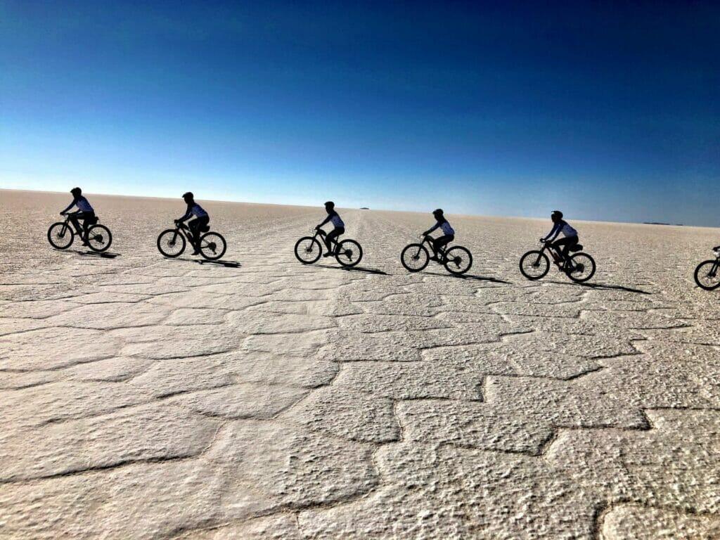 reto pelayo vida 2019 en los andes bolivianos a bicicleta.