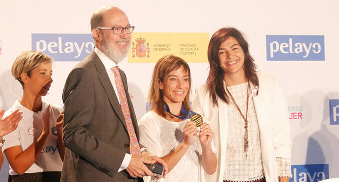 """Sandra Sánchez, campeona del mundo de Kárate, protagoniza el vídeo """"Kata contra el Cáncer"""""""