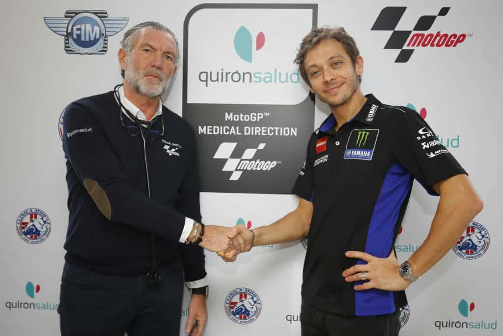Dr. Ángel Charte con Valentino Rossi.