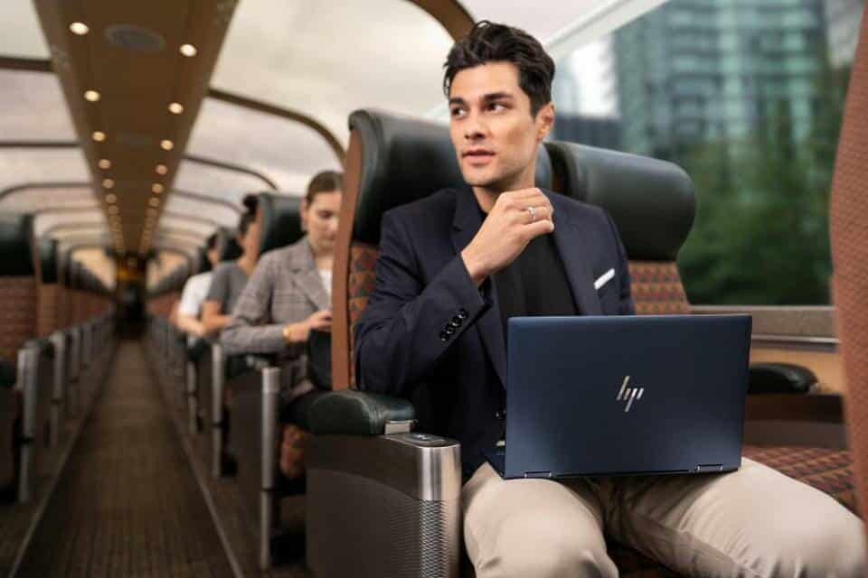 viajando con HP elite dragonfly