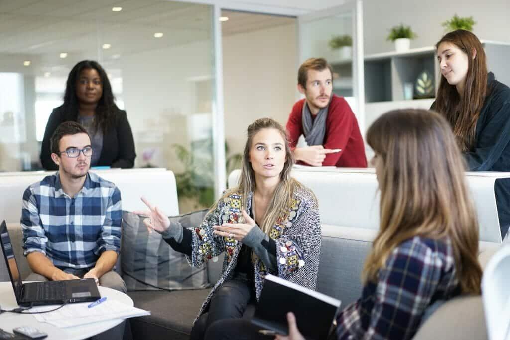 Equipos de trabajo dirigidos por millennials.