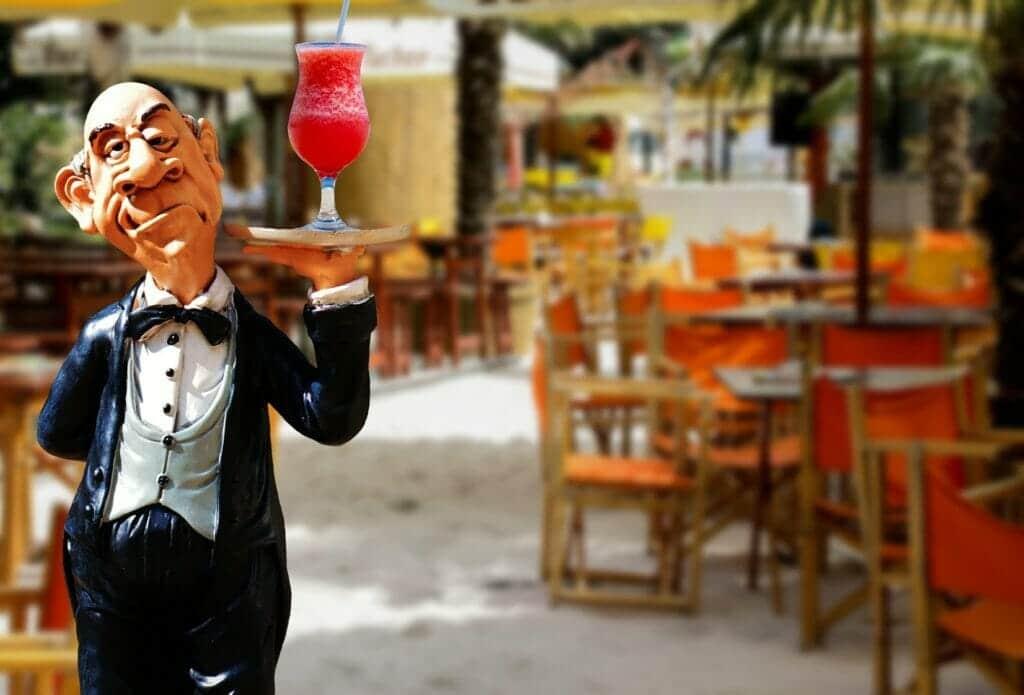 los camareros podrían desaparecer en 2030