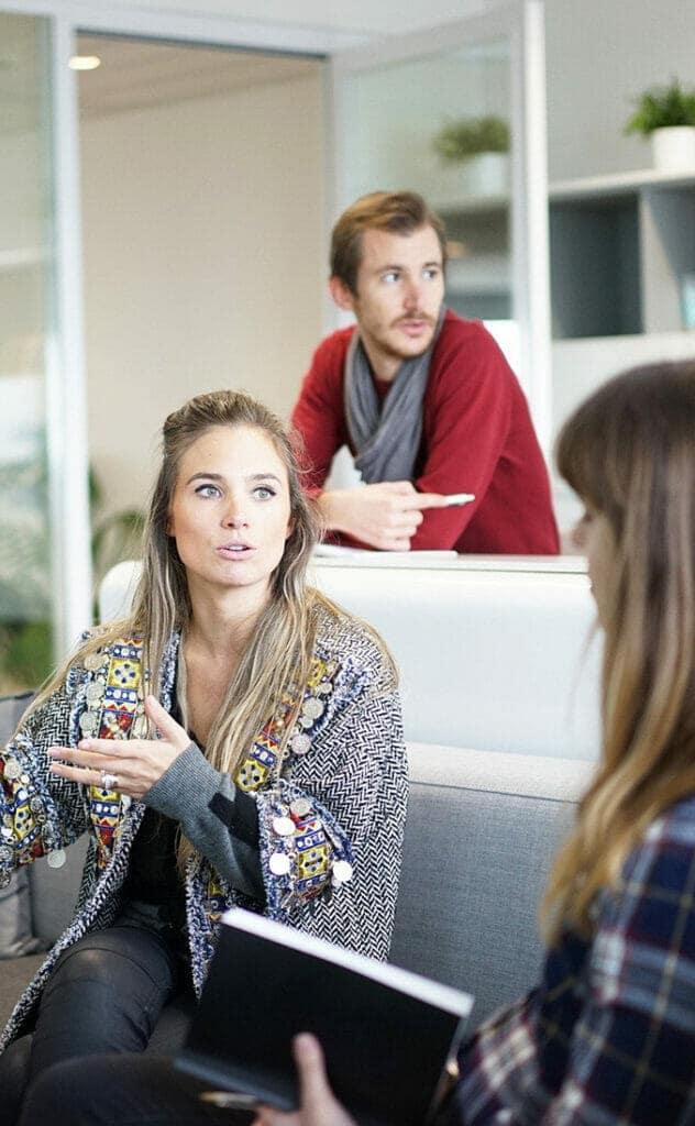 El liderazgo femenino se hace notar en la comunicación de las empresas.