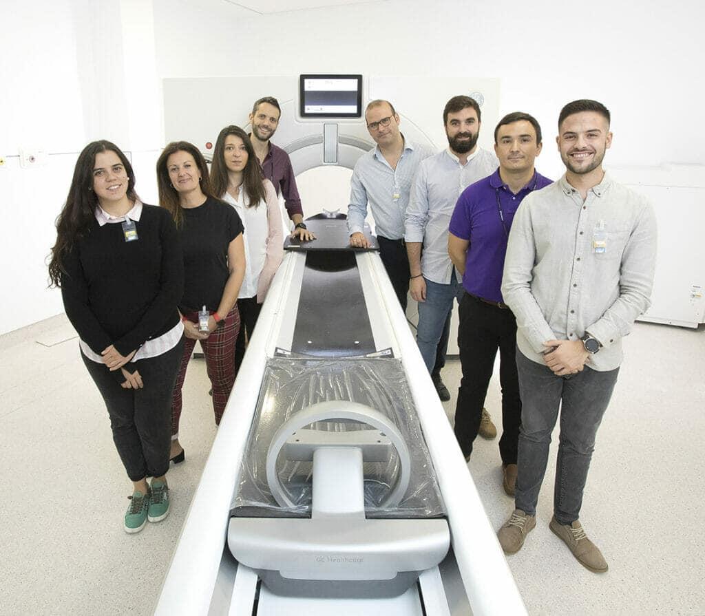 Equipo técnico de la Protonterapia de Quirónsalud.