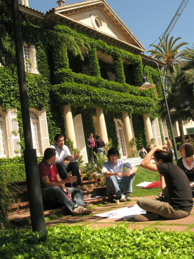 Campus-del-IESE-en-Barcelona